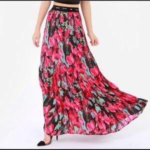 BB Dakota Floral Maxi Skirt Size M